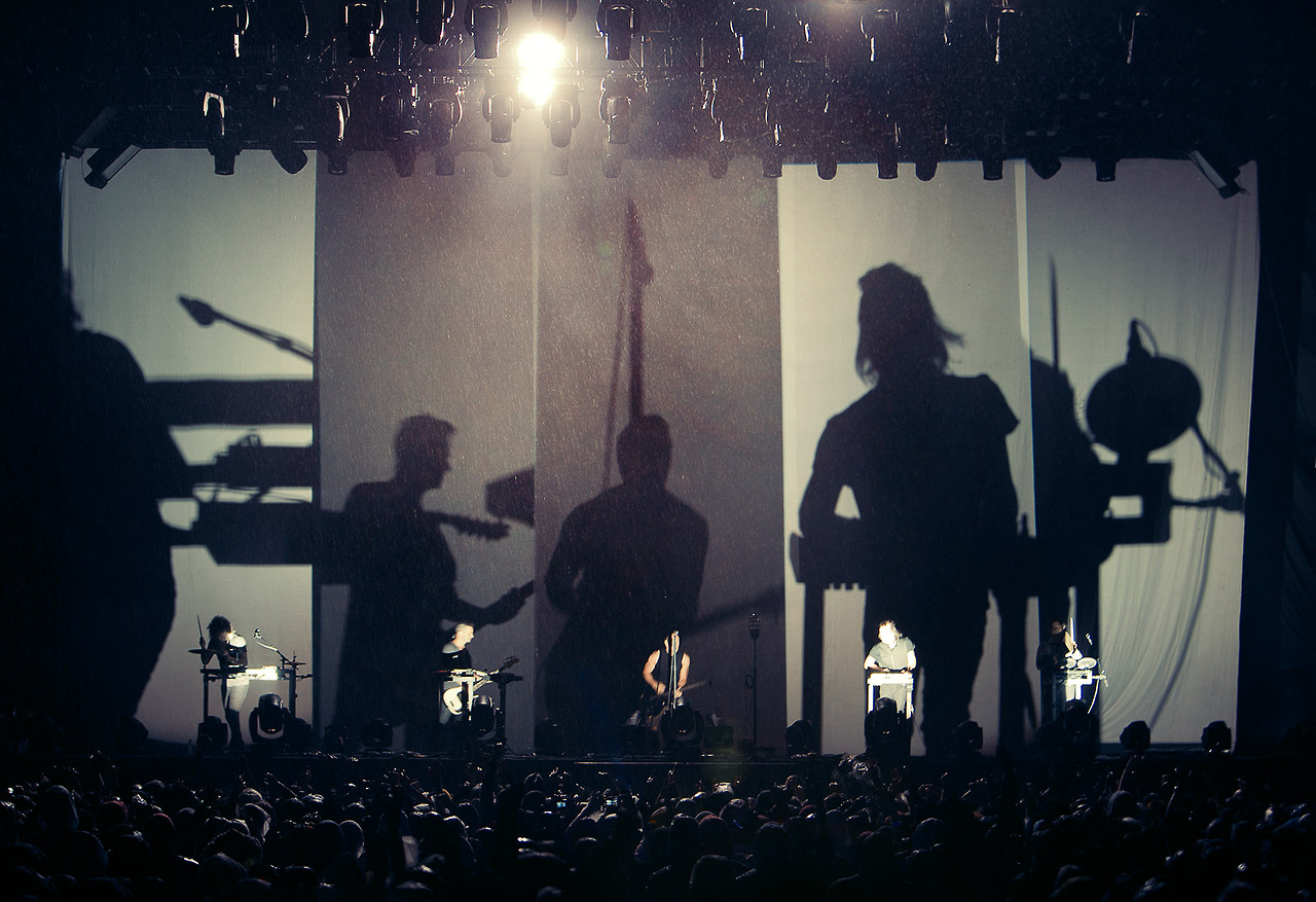 Nine Inch Nails debutó nueva música y tocó covers de David Bowie y Joy Division en vivo