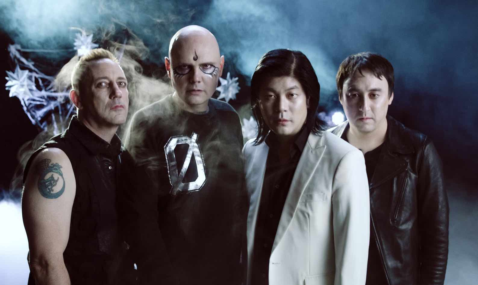 Shiny and Oh So Bright: Ya puedes escuchar el nuevo disco de The Smashing Pumpkins